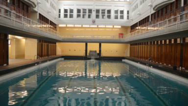 La piscine de Saint-Josse rouvre ses portes ce vendredi : la carte interactive des bassins bruxellois