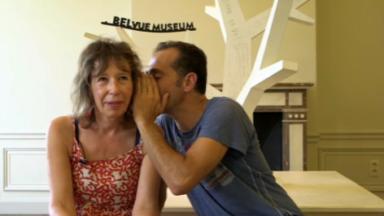 De bouche à oreille : l'exposition qui vise à briser les barrières de la langue