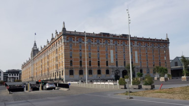 La Ville de Bruxelles veut construire un complexe scolaire sur le site de Tour et Taxis