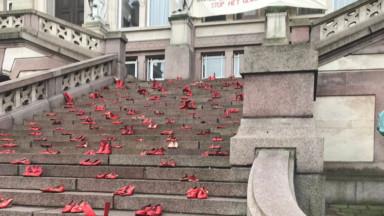 Saint-Gilles accueille une installation contre les violences faites aux femmes