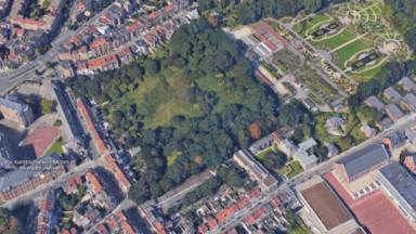 Projet immobilier à Laeken : les comités de quartier veulent conserver l'espace vert du Donderberg