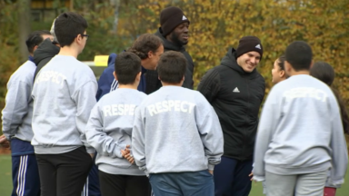 Pour aider les jeunes en surpoids, des ateliers de foot sont organisés à l'hôpital des enfants