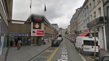 Saint-Josse : une dizaine de personnes légèrement intoxiquées lors d'un incendie dans un Delhaize