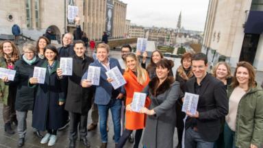 Le premier guide touristique sur Bruxelles créé par des groupes Facebook