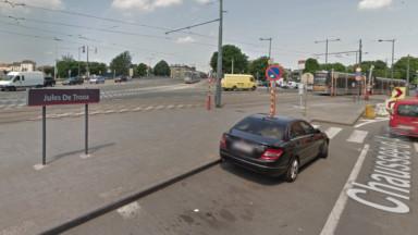 Un piéton coincé sous le tram 3 à l'arrêt Jules de Trooz