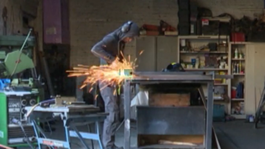 """Documentaire : """"Métal hurlant"""", une rencontre avec Jordi Dolinckx, """"le ferronnier de Bruxelles"""""""