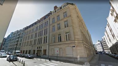 Malgré une pétition, le bâtiment à l'angle des rues des Sables et du Marais sera finalement démoli