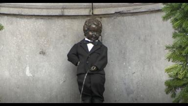 Une fête à la Grand-Place de Bruxelles pour les 400 ans du Manneken-Pis