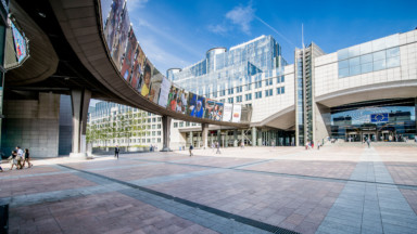 Le Covid-19 n'arrête pas la bataille entre Bruxelles et Strasbourg pour le siège du Parlement européen