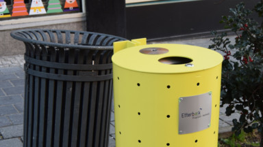 Etterbeek installe des poubelles jaune vif pour une visibilité maximale