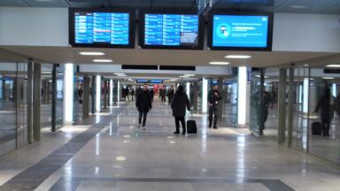 Bruxelles-Nord : le couloir central de la gare rouvre au public après renovation