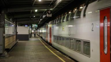 """La SNCB ne prévoit pas """"une invasion"""" des transports en commun"""