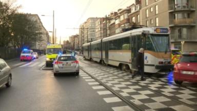 Un enfant de 4 ans renversé par un tram avenue Charles Woeste à Jette