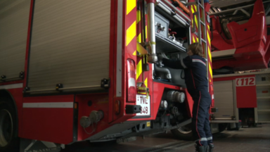 Incendie dans un immeuble de 12 étages à Anderlecht: une femme âgée hospitalisée
