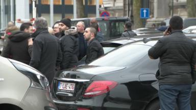 Les chauffeurs Uber soutiennent leurs collègues poursuivis par la Fédération belge des taxis