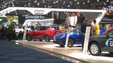 Salon de l'auto : l'électrique peine à convaincre les premiers visiteurs