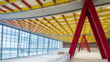 Le Skyhall de Brussels Airport construit pour l'Expo58 retrouve son lustre d'antan