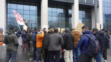 Bruxelles : une manifestation des sans-papiers oubliés de 2009