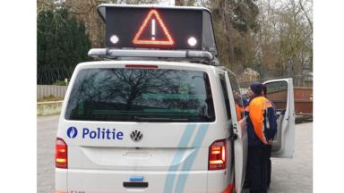 La zone de police Bruxelles-Ouest se dote d'un nouveau système d'avertissement pivotant