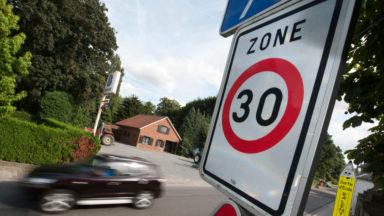 """Le """"Brussels 30 Tour"""", une caravane itinérante pour sensibiliser à la zone 30"""