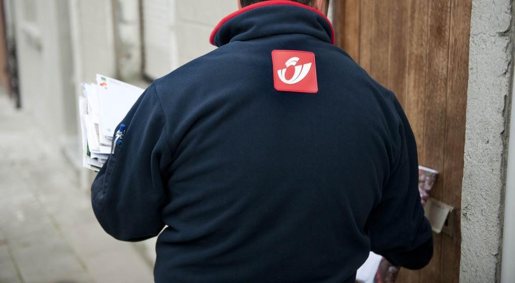 Distribution courrier Facteurs - Belga Jonas Hamers