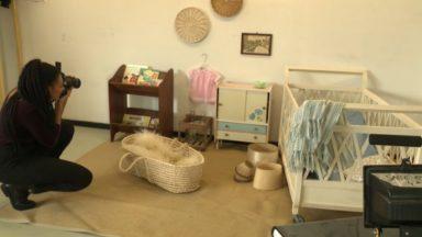 Cette décoratrice bruxelloise aménage votre intérieur avec des objets récupérés et de seconde main