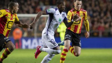 Anderlecht s'incline face à Malines (2-0) et s'éloigne des play-offs I