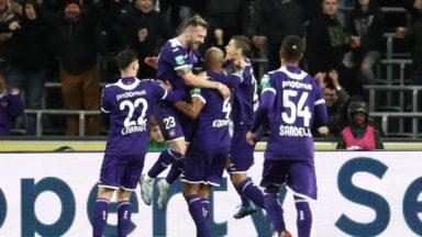 Anderlecht inflige une correction à Eupen et reste dans la course pour les play-offs I