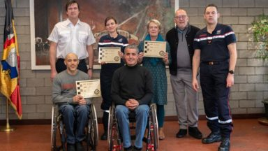 La vente des calendriers des pompiers de Bruxelles profite à trois associations