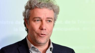 Obligation vaccinale : Alain Maron appelle à un débat démocratique