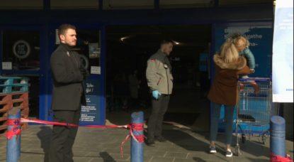 Gardiens de sécurité Securitas - Carrefour Berchem-Sainte-Agathe - Capture BX1