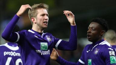 Anderlecht s'impose 0-3 à Waasland-Beveren et croit encore aux play-offs 1