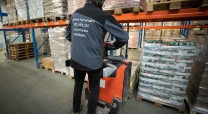 Travailleur Aide Alimentaire Bruxelles - Belga Benoît Doppagne