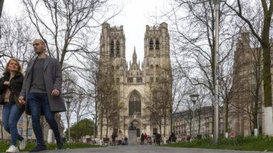 Les cloches de la cathédral Saint-Michel-et-Gudule ont sonné avec celles du pays (vidéo)