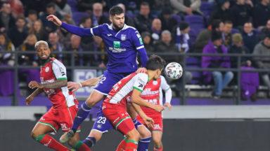 Anderlecht victorieux contre Zulte Waregem peut encore rêver des playoffs 1
