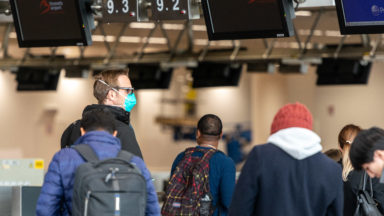Obliger le testing aux aéroports ? Le juge se déclare sans juridiction