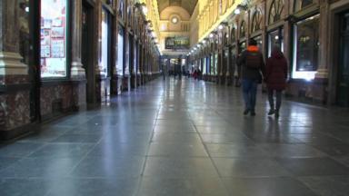 Premier samedi soir : découvrez les images d'une Bruxelles, ville fantôme