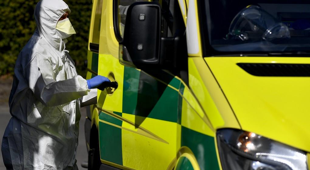 Ambulance Covid-19 Coronavirus - Belga Dirk Waem