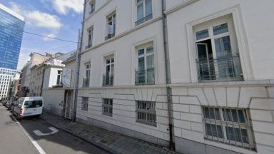Bruxelles : un centre pour sans-abri ouvre dans l'auberge de jeunesse Jacques Brel