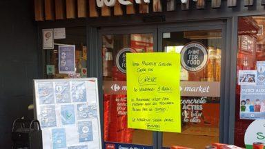 Les magasins Carrefour ont rouvert : les travailleurs mécontents des propositions de la direction