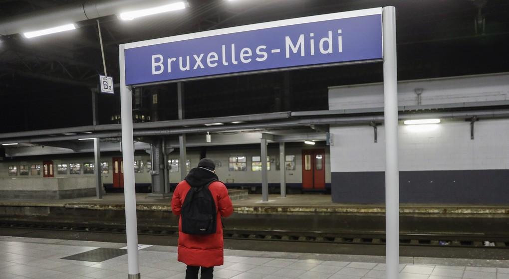 Gare de Bruxelles Midi - Belga Thierry Roge