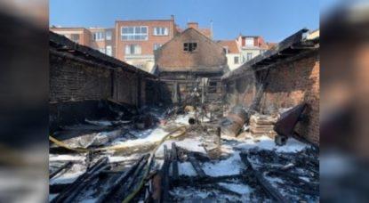 Incendie Atelier Rue de Neerpede - Anderlecht - Pompiers de Bruxelles