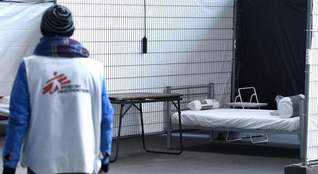 Lit médecins sans frontières Tour et Taxis - Sans-abris - Belga Pool Didier Lebrun