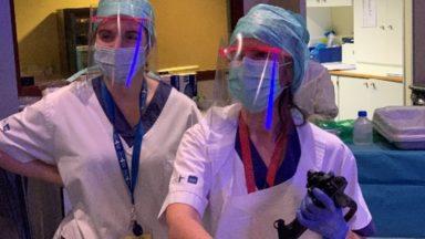 Plus de 12 000 visières de protection fournis par le FabLab de l'ULB pour les hôpitaux de la Ville de Bruxelles