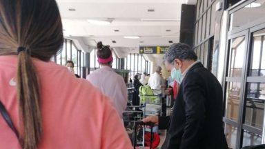 Un testing obligatoire à l'aéroport ? Une décision de justice dans quelques jours