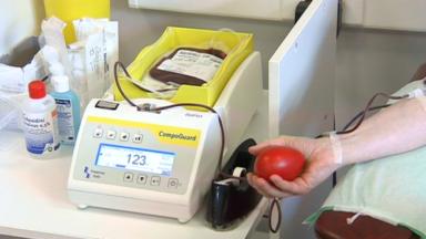 Coronavirus : le plasma de patients guéris pour soigner les malades ?