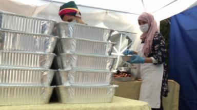 Des mamans solidaires préparent des repas pour les personnes précaires à Ganshoren