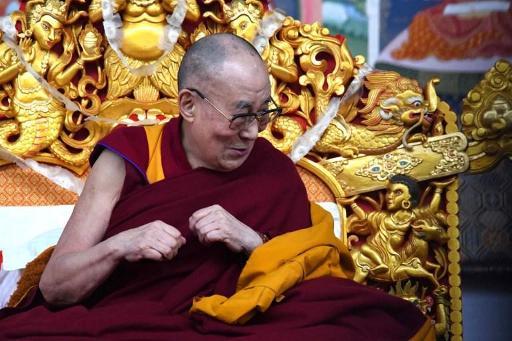 Le Dalaï-lama lancera son premier album à 85 ans