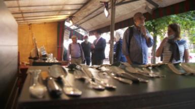 Les antiquaires et les chineurs heureux de revenir au Sablon