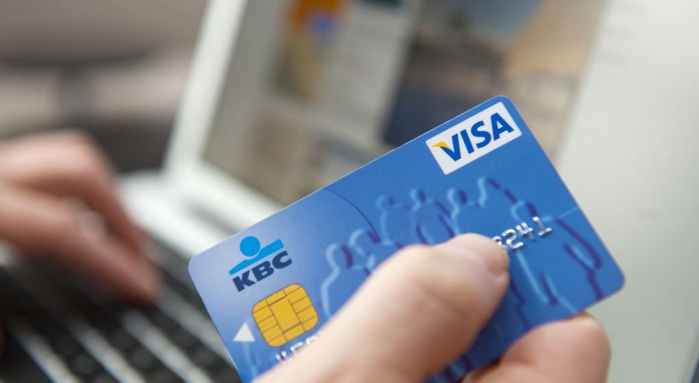 E-commerce Carte Visa bancaire - commerce internet - Belga Jonas Hamers